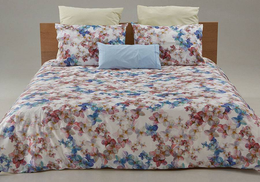 Printed custom duvet cover Lily